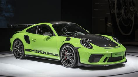 911 Gt Rs by Porsche Adds To 911 Gt3 Family With Less