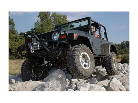jeep lift kit box jeep wrangler tj 3 25 quot lift kit rough country