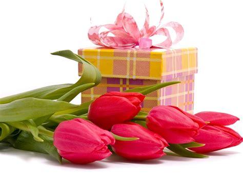 In questo articolo troverai delle fantastiche immagini di buon compleanno con fiori! Fiori compleanno - fiori per cerimonie