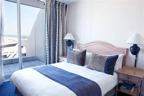 Dolphin Beach Hotel   Sea Facing   Table View, Cape Town