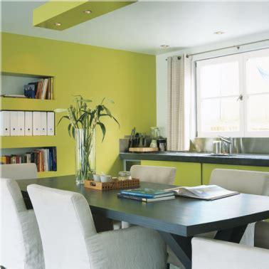 peinture cuisine vert anis couleurs peinture cuisine association couleurs blanc et