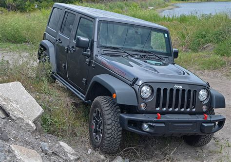 rubicon jeep wrangler unlimited rock hard edition test drive rocks hardrock 4x4 automotiveaddicts