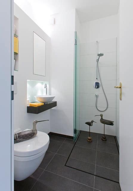 kleine bäder lösungen duschen ideen f 252 r kleine b 228 der