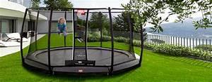Berg Des Garten : trampolin in grau oder schwarz moderner trend 2017 ~ Indierocktalk.com Haus und Dekorationen