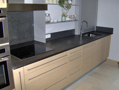prises plan de travail cuisine küchearbeitsplatte
