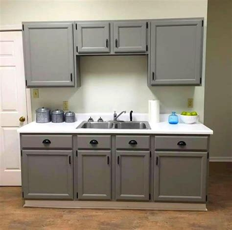 painting laminate cabinets with chalk paint 25 best chalk paint cabinets ideas on pinterest chalk 164