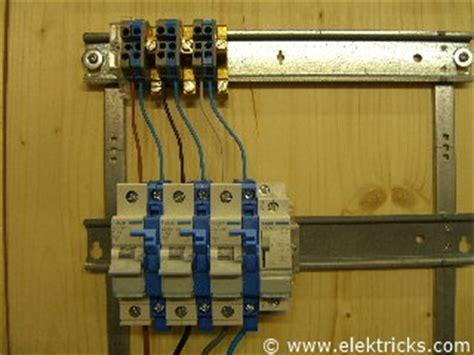 Leitungsschutzschalter Garage by Stromstossschalter Schrittschalter Anschliessen Und