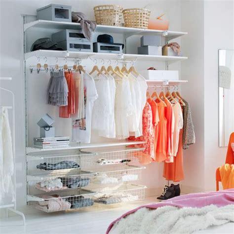 armoire penderie chambre s 39 offrir un dressing ouvert pour l 39 intégrer pleinement