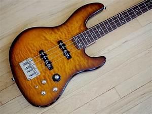 Fender Deluxe Series Jazz Bass 24 Fret Quilt Top W   Active