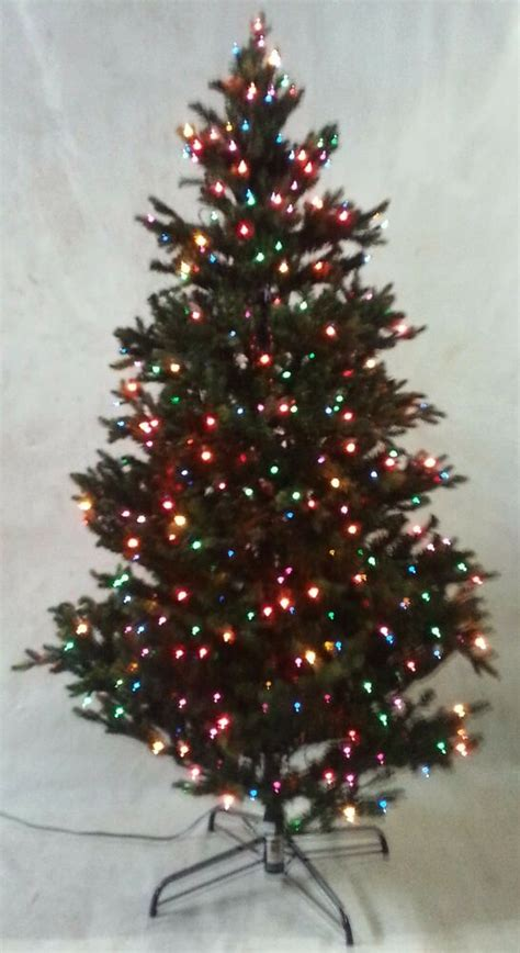 ebay prelit tree not working bethlehem lights tree noble fur 6 5 prelit colored lights free ebay