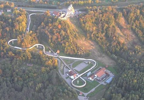 Bobsleja un kamaniņu trase Sigulda   Izklaide