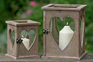 Windlicht Laterne Holz : windlicht laterne herz holz mit glas haus der herzen ~ Whattoseeinmadrid.com Haus und Dekorationen