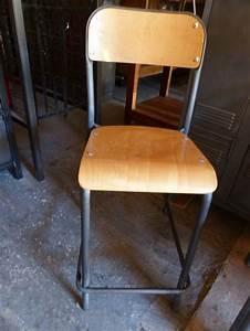 Chaise Haute Industrielle : chaises industrielles ancienne m tal bois d cap es patin es brocantetendance ~ Teatrodelosmanantiales.com Idées de Décoration