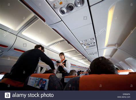 cabin crew easyjet easyjet cabin crew stock photos easyjet cabin crew stock
