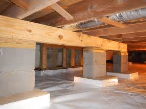 crawlspace helper beam to prevent the joists from sagging http www indianacrawlspacerepair