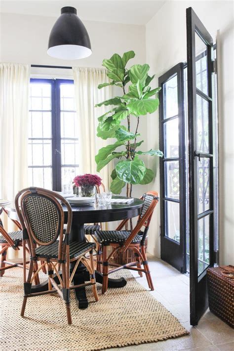 14 Ways To Decorate Like A French Woman  Dining Rooms