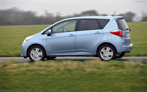 Toyota S by Toyota Verso S 2011 Widescreen Car Image 34 Of 92