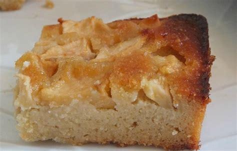 gateau moelleux aux amandes pomme et miel sans gluten blogs de cuisine