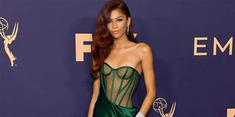zendaya dress emmy awards  zendaya green corset vera