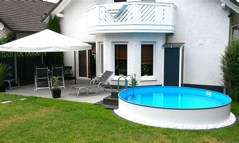 Runder Pool Im Garten by Das Kleine Paradies F 252 R Den Sommer Ein Eigener Pool Im