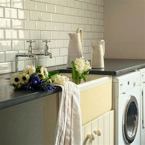Small living and dining room ideas, utility room wall