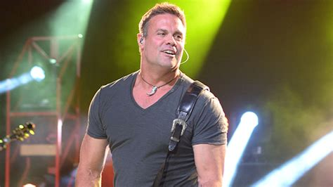 troy gentry dead country singer dies  helicopter crash