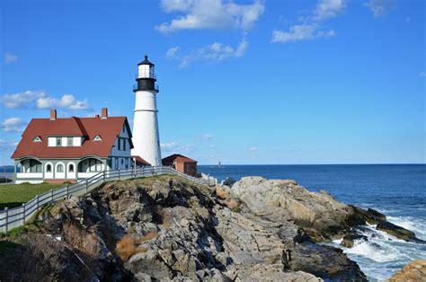 visit  lighthouses  portland maine
