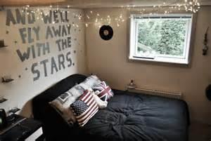 hipster room decor dorm room ideas pinterest flies