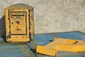 Lettre Metal Vintage : bo te aux lettres vintage des postes ann es 80 mobilier industriel mobilier puces priv es ~ Teatrodelosmanantiales.com Idées de Décoration