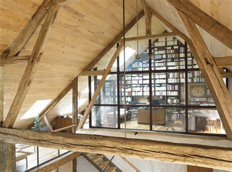 bureau d 騁ude charpente bois bureau sous les toits charpente en bois verri 232 re