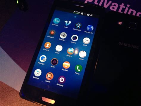 tizen 3 0 features detailed samsung nx300m is the tizen device technology news