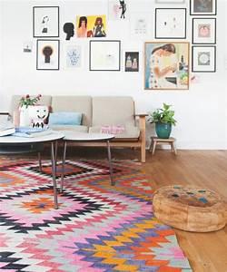 tapis ethniques imprimes et colores With tapis berbere avec canapé en soldes pas cher