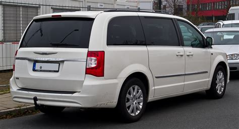 Town Dodge Chrysler by Chrysler Town Country Wikiwand