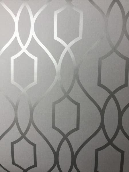 Fine Decor Wallpaper   Apex Trellis Silver   FD41995