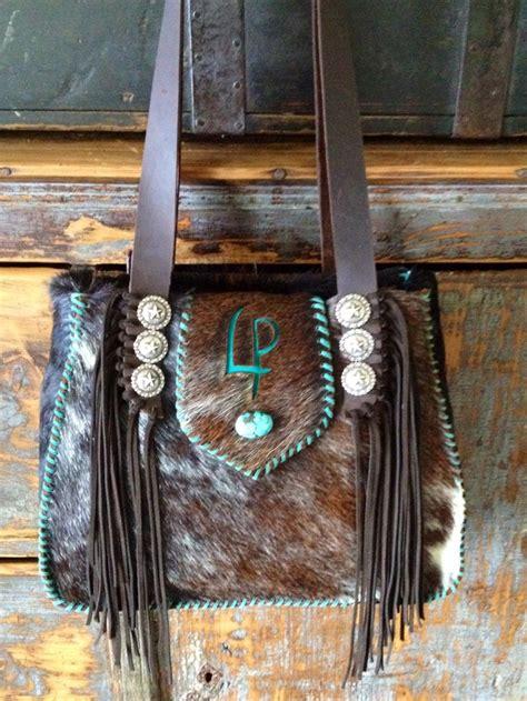 Cowhide Leather Purses by Best 25 Cowhide Purse Ideas On Western Wear