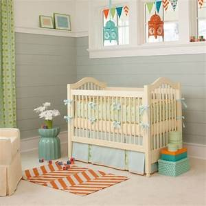 tapis chambre bebe idees de deco sympa et originale With tapis chambre bébé avec utilisation tapis champ de fleurs
