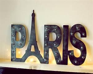 deco paris pour chambre ou salon idees et conseils With decoration paris pour chambre