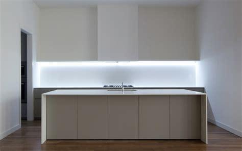 bande led cuisine bande led pour éclairage intérieur moderne joli et pratique