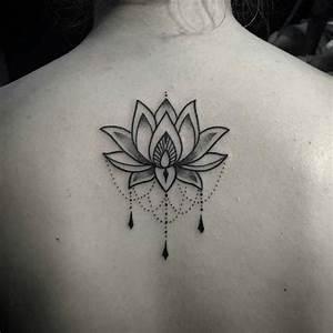 Fleur Lotus Tatouage : tatouage dos lotus ornemental dotwork tatouages ~ Mglfilm.com Idées de Décoration