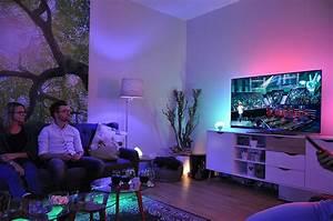 Philips Hue Badezimmer : hue go ambilight 1 geschenk f r ~ Yasmunasinghe.com Haus und Dekorationen