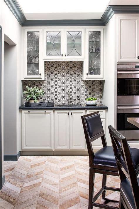 black  white mosaic kitchen backsplash tiles