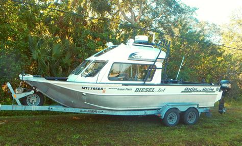 River Boats For Sale by 2003 Motion Marine Lx 22 Diesel Jet River Boat The Hull