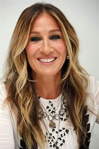 Sarah Jessica Parker at a Press Conference in Beverly ...