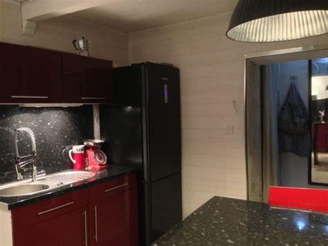 cuisine frigo cuisine frigo photo 9 12 frigo noir evier et robinetterie inox photo