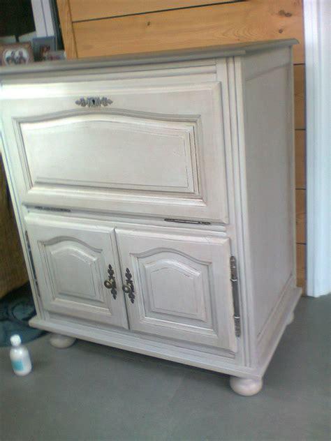 peindre placard cuisine peindre ses meubles de cuisine eclairage plan de travail