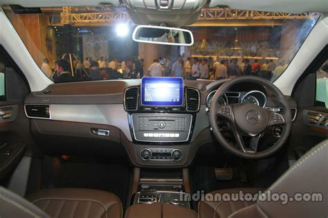 mercedes gls interior mercedes gls 400 petrol launched in india at inr 82 9 lakhs