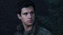 Drew Roy of 'Falling Skies' reveals Hal's dark side ...
