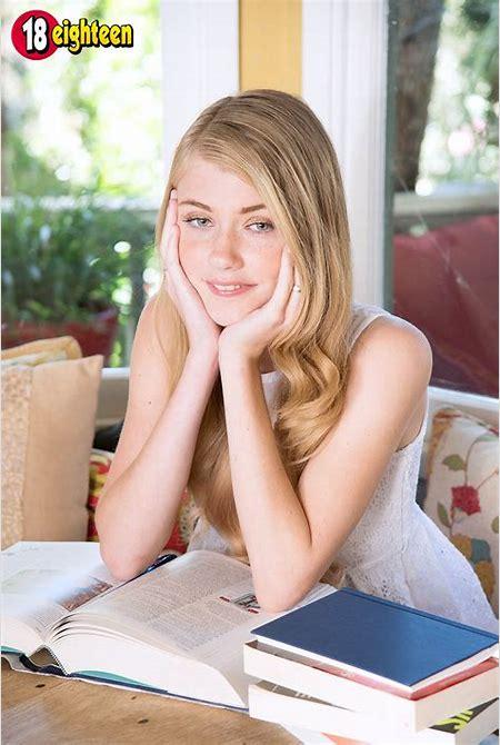 18eighteen - Boneable Blonde - Hannah Hays (42 Photos)