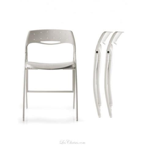 chaises blanches pas cher chaise design pliante pas cher arcochair et chaises