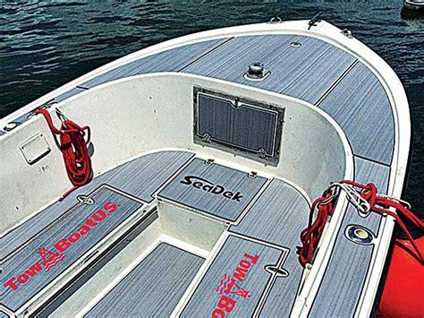 Seadek Boat Flooring Material by Boat Deck Alternatives Boatus Magazine